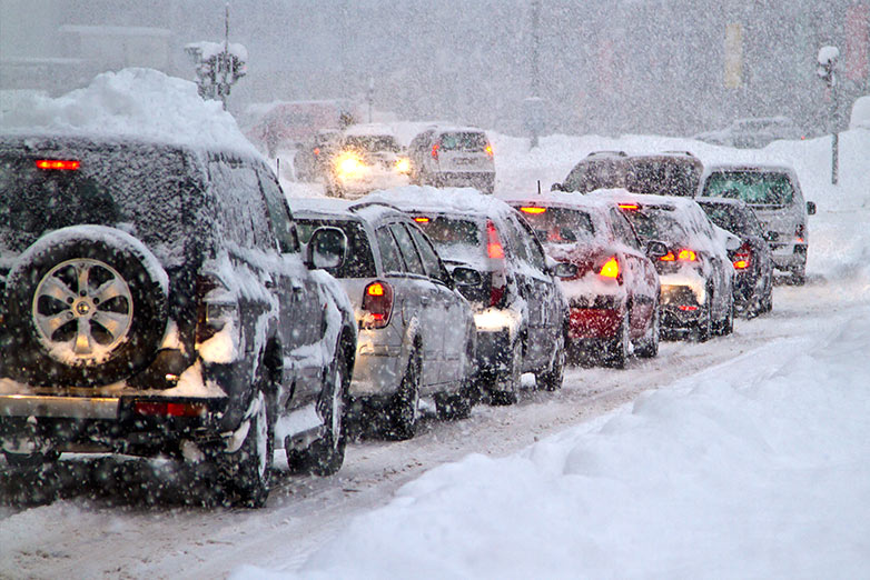 SMI-BLOG- Most-Common-Mistakes-Drivers-Make-in-Winter-1