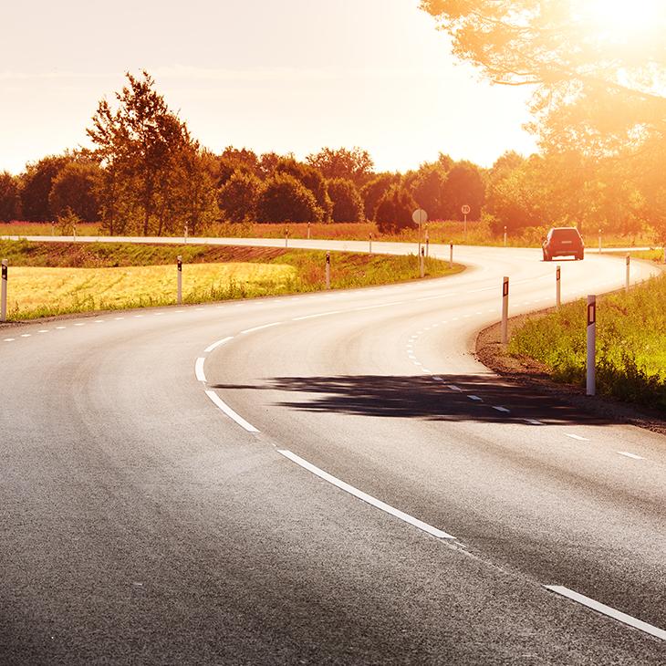 8 Tips to Avoid Summertime Driving Dangers