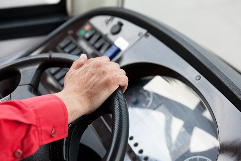 driving safety tips for bus drivers